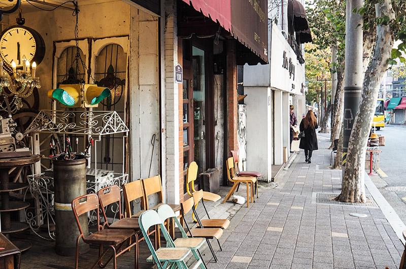 Calle de Itaewon, barrio de Itaewon y Yongsan-gu, Seúl, Corea del Sur