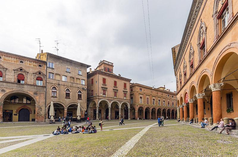 La Universidad de Bolonia, Italia