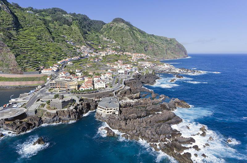 Porto Moniz, costa norte de Madeira, Portugal