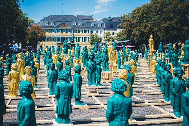 Esculturas que representan a Beethoven, obra de Ottmar Hoerl, Bonn, Alemania