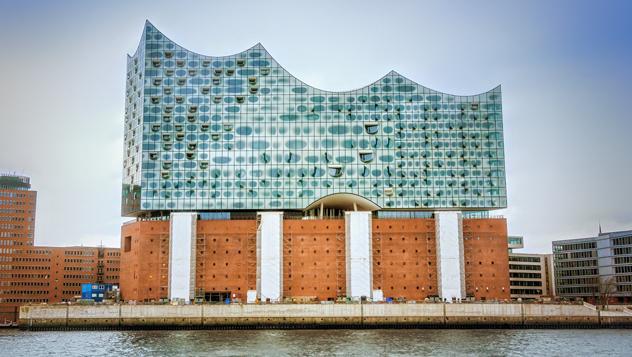 La Filarmónica de Elba, en la zona de HafenCity, muy chic © carol.anne / Shutterstock