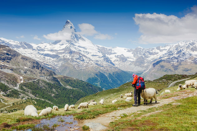 Haute Route, Matterhorn, Alpes Suizos © Olga Danylenko / Shutterstock