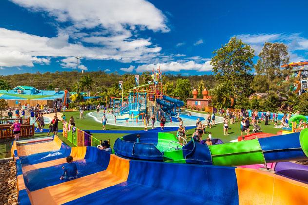 Parque acuático de atracciones, Gold Coast, Australia © Martin Valigursky / Shutterstock