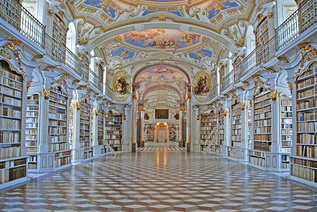 Biblioteca del Monasterio Benedictino de Admont, Austria © www.stiftadmont.at