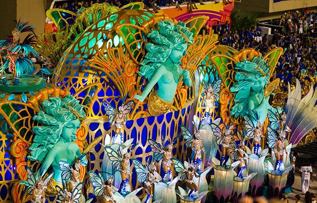 ¿A quién le importa ser capital cuando se tiene el carnaval?, Rio de Janeiro, Brasil © miralex / Getty Images