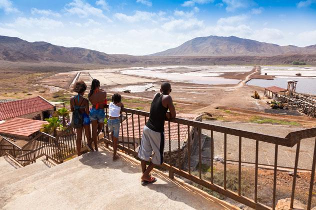 Antiguas salinas de Pedra do Lume, isla de Sal, Cabo Verde © Samuel Borges Photography / Shutterstock