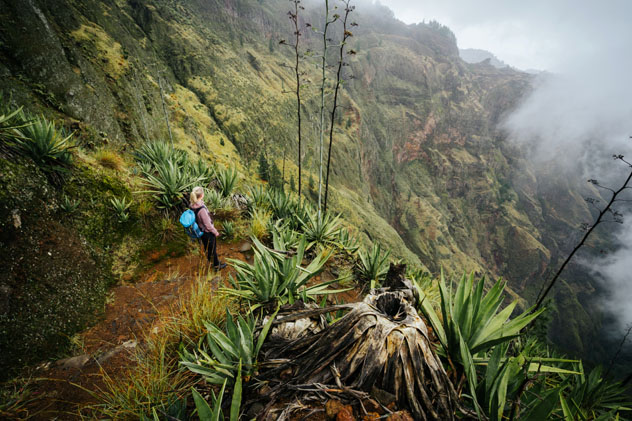 Paisajes de la Isla de Santo Antão, Cabo Verde © Igor Tichonow / Shutterstock