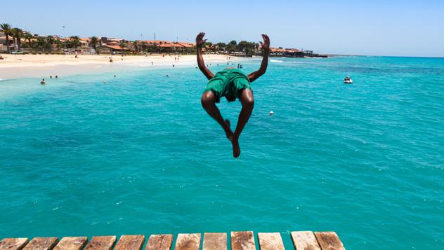 Cabo Verde, playa de Santa María © Samuel Borges Photography / Shutterstock