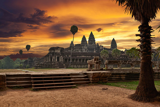 Templo Angkor Wat, Angkor, Siem Reap, Camboya © Muzhik / Shutterstock