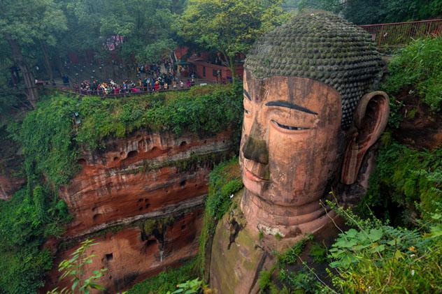 Sìchuān es un microcosmos de China, con una oferta de atracciones antiguas y modernas © akedesign / Shutterstock