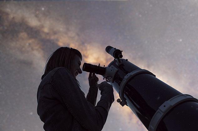 Cielo oscuro: observación de la Vía Láctea