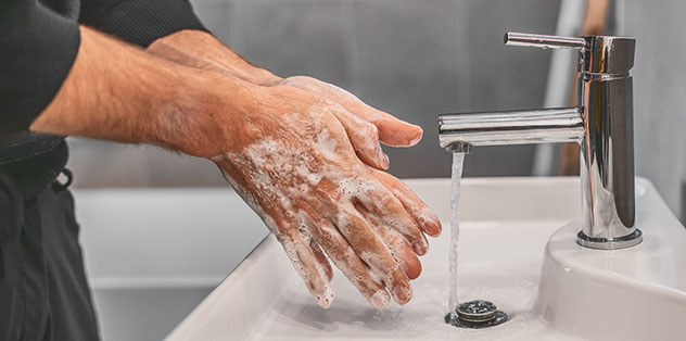 Coronavirus: lavarse las manos. Consejos para viajar