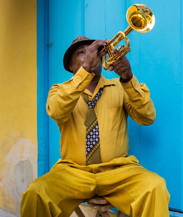 Músico en La Habana, Cuba