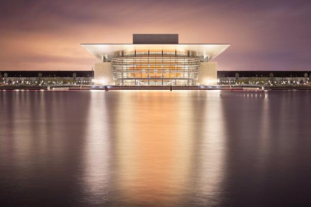 Edificio de la Ópera, Copenhague, Dinamarca © Mitja Schneehage / 500px