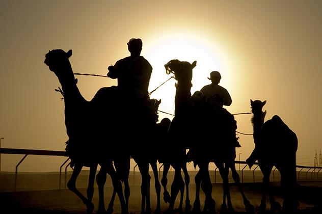 En las afueras de la resplandeciente Dubái se descubre la cultura beduina tradicional, EAU © Sean Randall / Getty Images