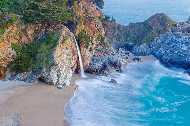 Big Sur, California, costa del Pacífico, EE UU © Doug Meek / Shutterstock