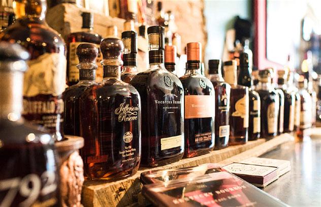 El Bourbon Country de Kentucky permite explorar todas las posibilidades que ofrece el whisky, costa este, EE UU © Magnus Lindqvist / VisitLEX