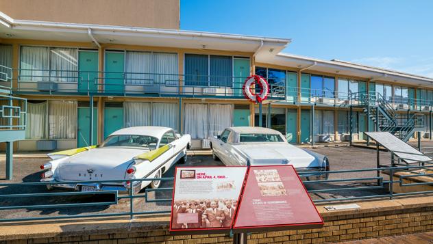 El National Civil Rights Museum, en Atlanta, está construido alrededor del antiguo Lorraine Motel, donde murió asesinado Martin Luther King Jr. © f11photo / Shutterstock