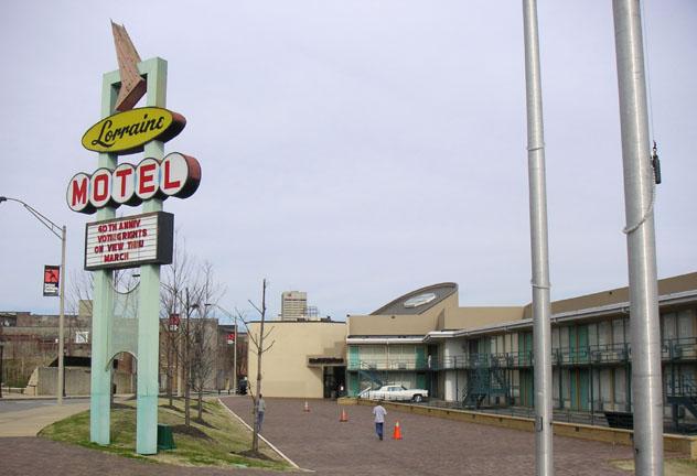 El Lorraine Motel de Memphis, donde fue asesinado Martin Luther King en 1968, hoy forma parte del National Civil Rights Museum, sur de EEUU © Robin Zebrowski / Flickr