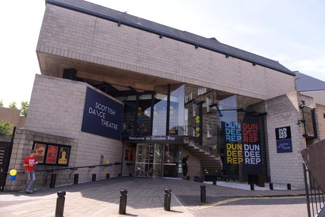 Dundee Rep, el único teatro de repertorio de Escocia que ha sido un enclave cultural desde los años setenta, Dundee, Escocia © www.dundeerep.co.uk