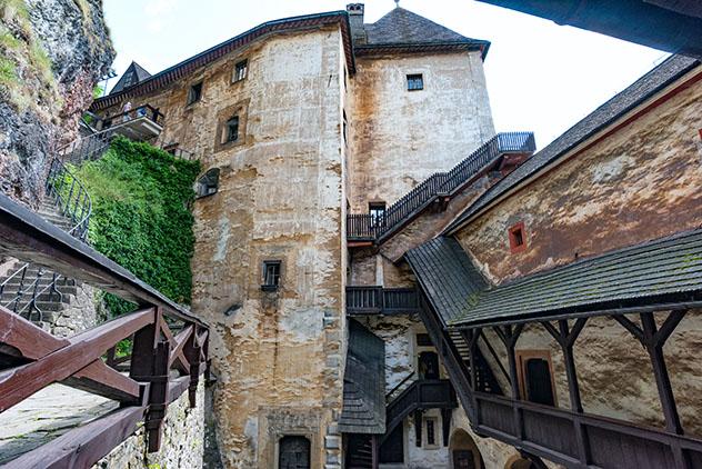 Halloween en Eslovaquia: interior del castillo de Orava