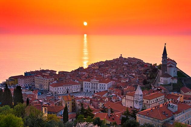 Eslovenia: puesta de sol en Piran