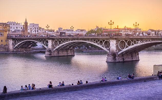 Vacaciones de proximidad: viajar a Sevilla, España