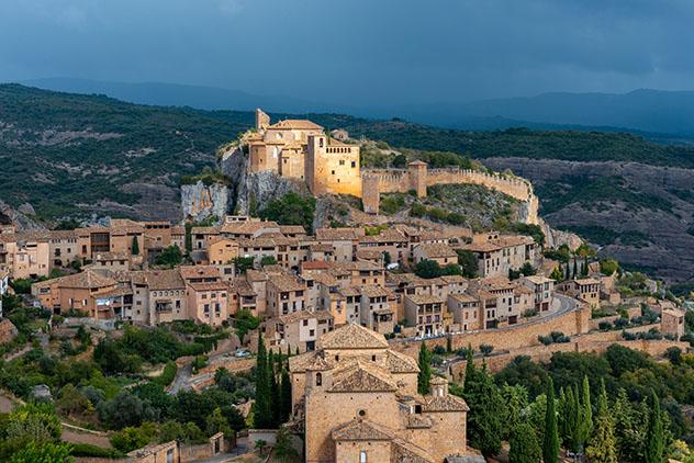 Alquézar, Huesca, pueblo del interior de Aragón, España