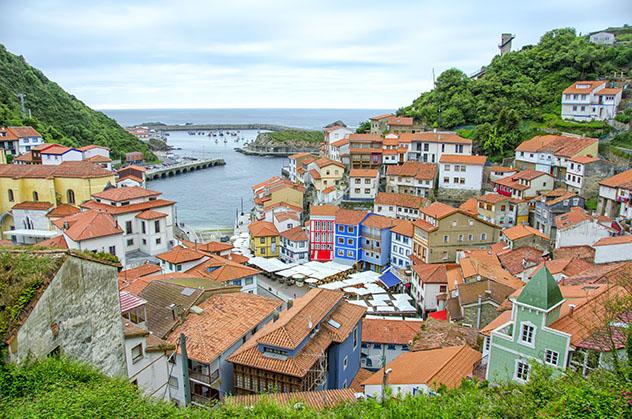 Combarro, pueblo de costa de Asturias, España