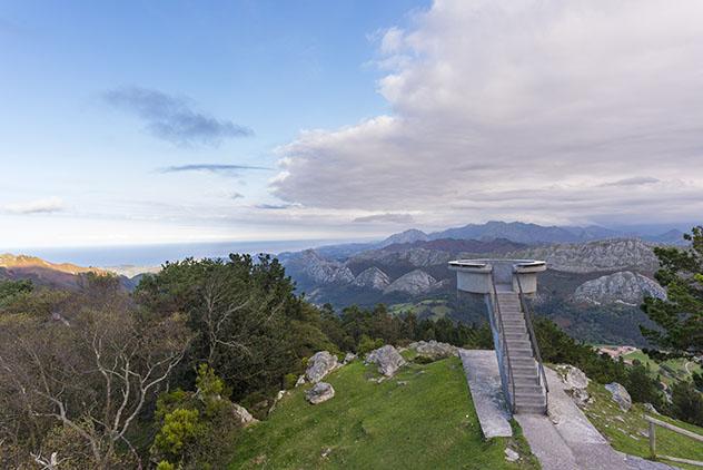 Vistas espectaculares desde el mirador del Fito, Asturias, España