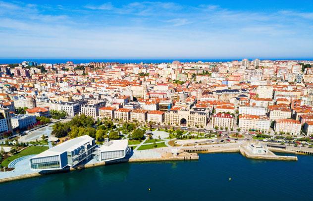El Centro Botín es el nuevo icono cultural de Santander, Cantabria, España © saiko3p / Shutterstock