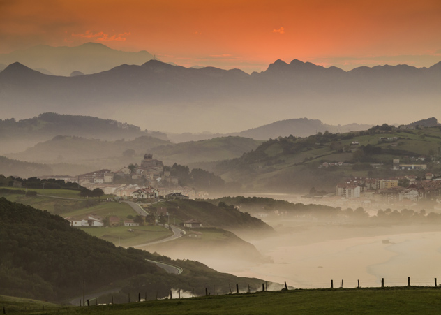 Santillana del Mar, Cantabria, España © Javier Fernández Sánchez / Getty Images