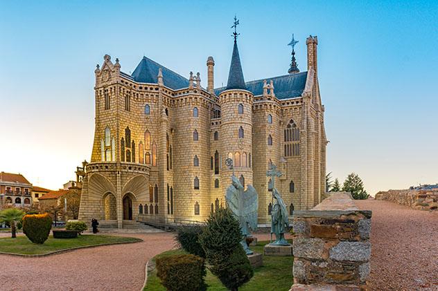 Palacio de Gaudí, Astorga, provincia de León, Castilla y León, España