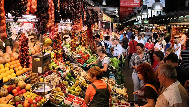 Mercado de La Boquería, Barcelona, España © Tupungato / Shutterstock