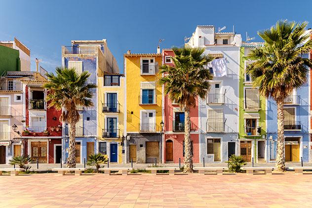 Vacaciones de proximidad: viajar a Villajoyosa, Alicante, España