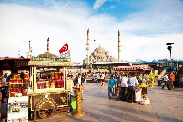 Puestos callejeros, Estambul, Turquía © Matt Munro / Lonely Planet