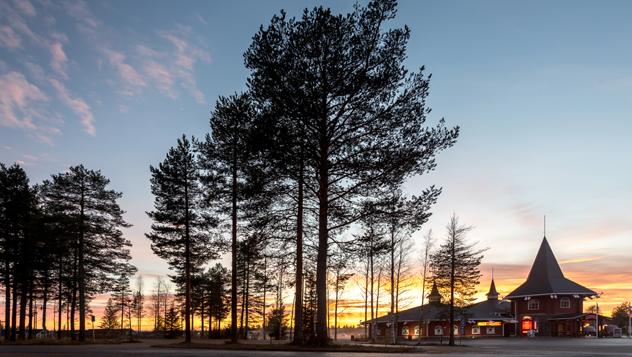 Pueblo de Santa Claus, Rovaniemi, Finlandia © Kanuman / Shutterstock
