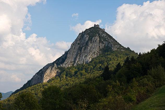 Castillo catar de Monte, Francia