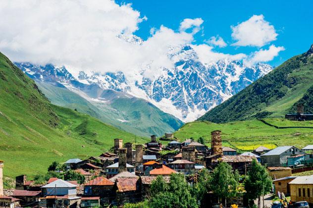 La aldea de Ushguli, Georgia © Andrii Lutsyk / Shutterstock
