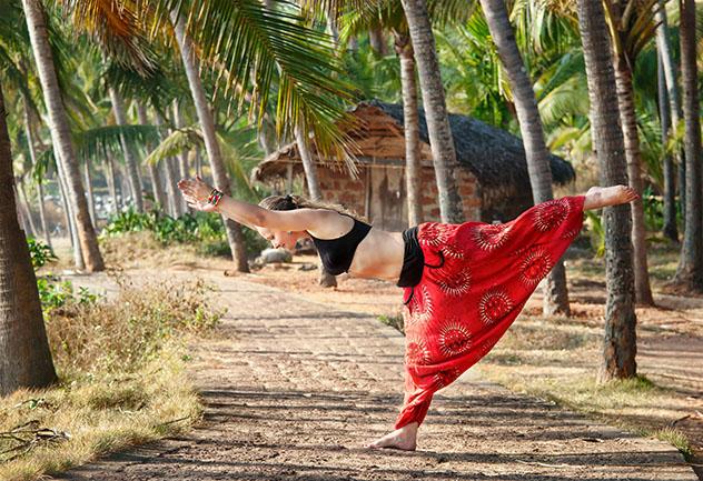 Yoga en Varkala, Kerala, India © Pikoso / Shutterstock