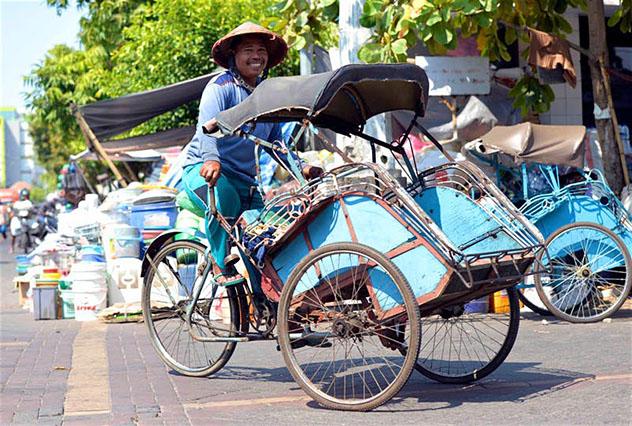 Aventuras en Indonesia: los 'trishaws'