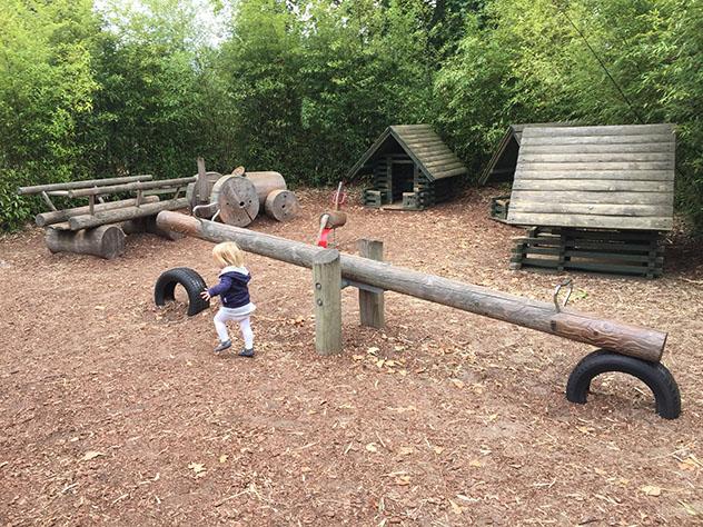 Atracciones en el parque infantil Diana Memoria Playground, en Kensington Gardens