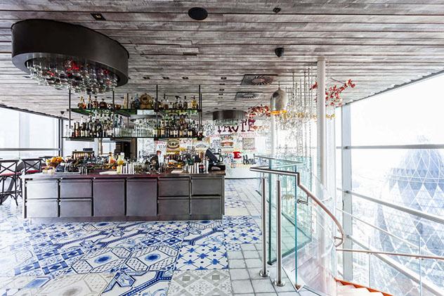 Brasserie Duck & Waffe, Londres, Inglaterra © www.duckandwaffle.com