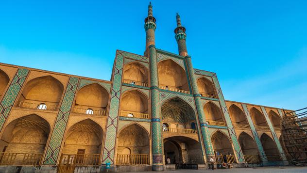 Complejo Amir Chakhmaq, Yazd, Irán © javarman_Shutterstock Complejo Amir Chakhmaq, Yazd, Irán © javarman / Shutterstock