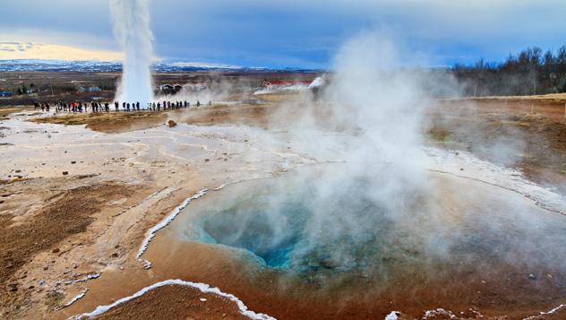 Géiser Strokkur, Islandia © © Dennis van de Water / Shutterstock