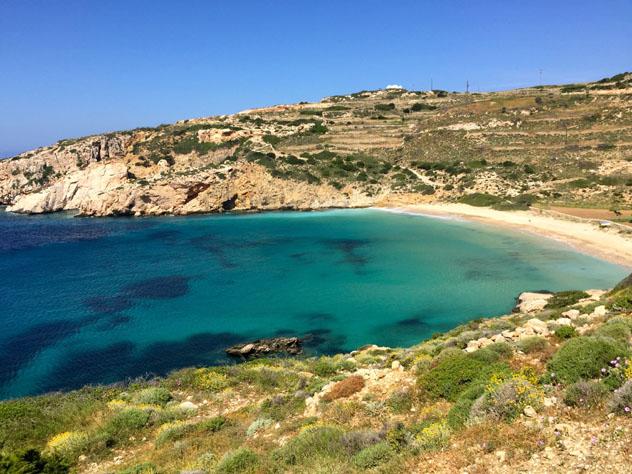 Playa Kendros, en Donousa, accesible por un sendero desde Stavros, Pequeñas Cícladas, islas griegas, Grecia © Carolyn Bain / Lonely Planet