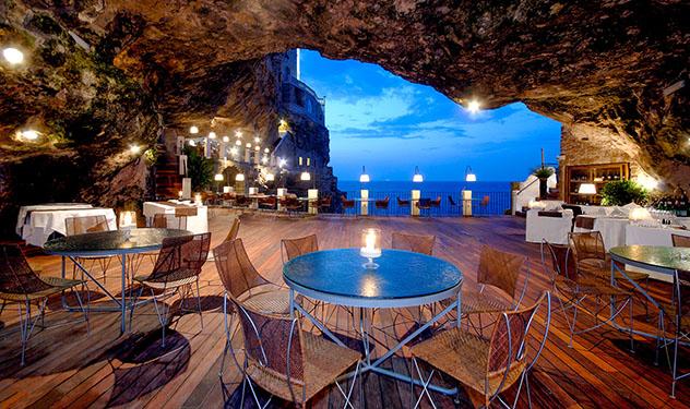 Hotel europeo: Grotta Palazzese, Polignano a Mare, Italia
