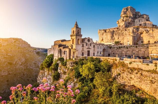 La antigua ciudad de Matera, Basilicata, Italia © canadastock / Shutterstock