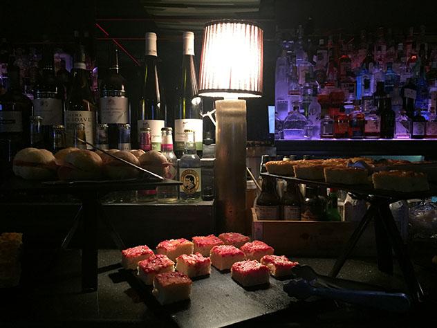 Nápoles: aperitivo en el Chandelier
