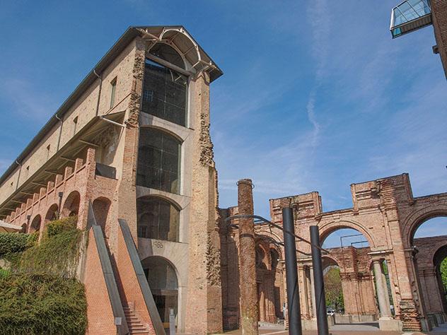Castello di Rivoli, Piamonte, Italia © claudiodivizia / Getty Images